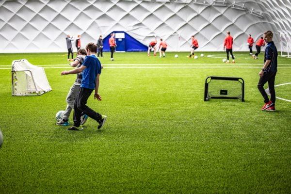 Indoor 3G Dome Colin Glen